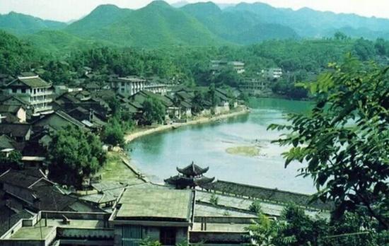 湘西风情小镇