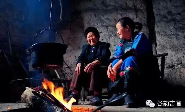 湘西老家的火塘记忆