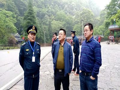 李湘耀督查武陵源核心景区非法运营专项整治行动