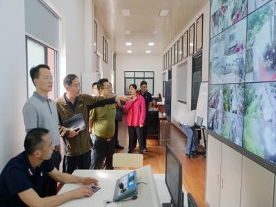 郑小胡带队调研武陵源核心景区旅游企业