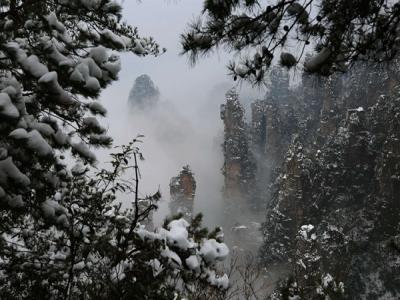 张家界武陵源核心景区 冰雪云海入画来