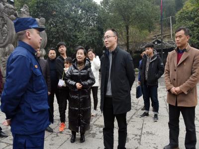 朱法栋带队检查春节旅游安全生产工作